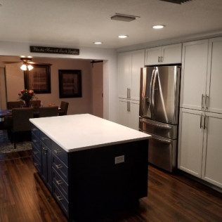 Custom Cabinets & Counters